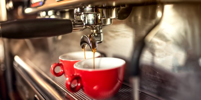 Preparation of coffee with professional